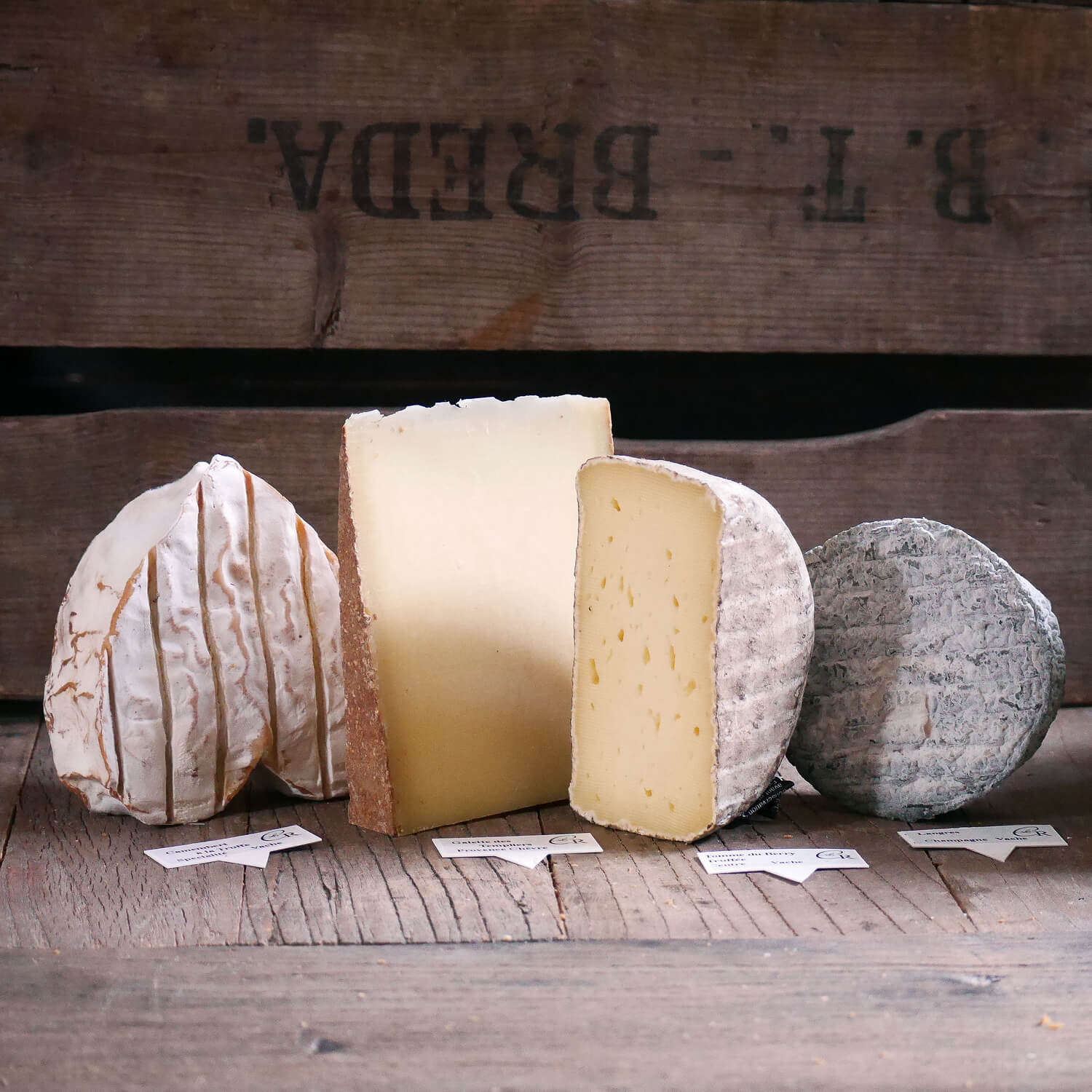 Shooting photo d'ambiance plateau de fromages